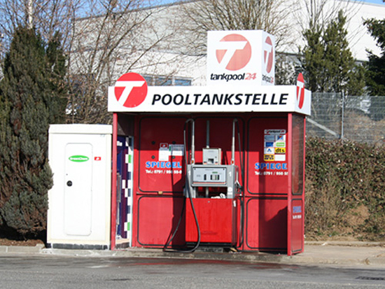 LKW Parkplatz aus  Ravenstein